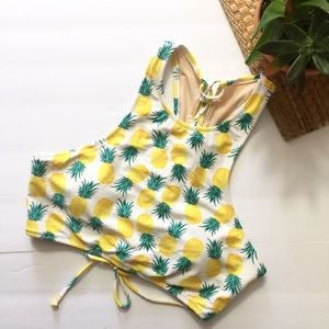 5 for $25🌻New w/ tag old navy bikini top